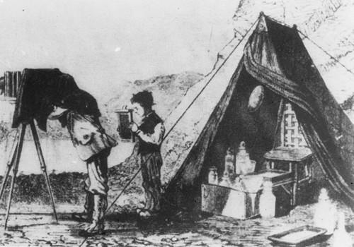 介绍阿切尔湿版法的帐篷暗房